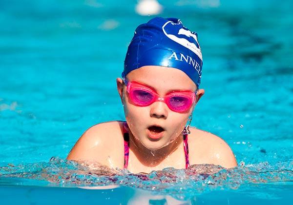 squad swimming girl