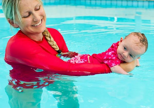 How To Prepare Your Baby For Swimming