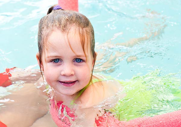 Child Drowning Prevention and Safety – Top 10 Tips for Safer Holiday Swimming