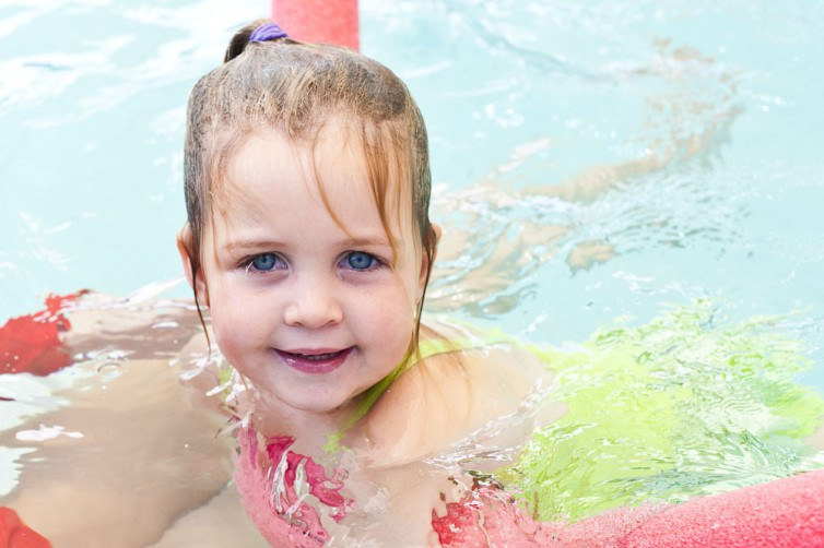 Keep up skills of kids swimming lessons on summer holidays with Hampton Swim School