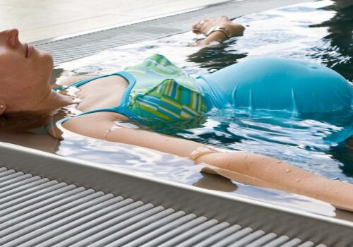 Why Is Swimming Good For You When Pregnant?